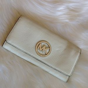 MK fulton wallet all white with silver hardware